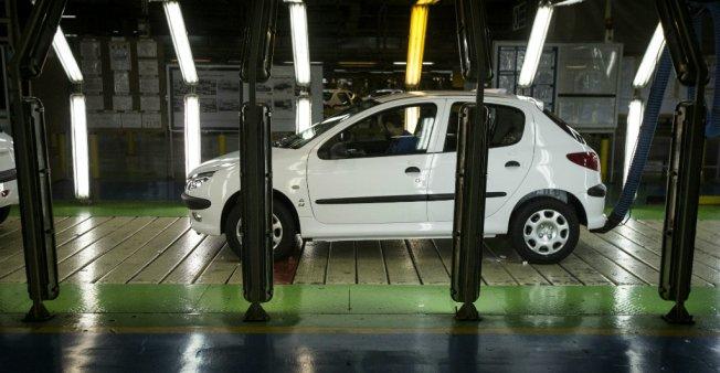 از «مقایسه نرخ بیکاری در ایران و عربستان از تگاه IMF» تا «مخالفت آمریکا با ماندن خودروسازان فرانسوی در ایران»