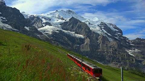 گریندلوالد و یونگفراو سوئیس از نمای نزدیک