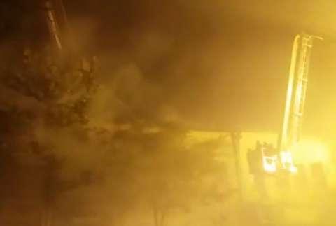 آتشسوزی خانه قدیمی در چهارراه سیروس تهران