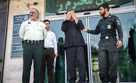 لحظه سرقت مسلحانه از بانک و بازداشت سارق