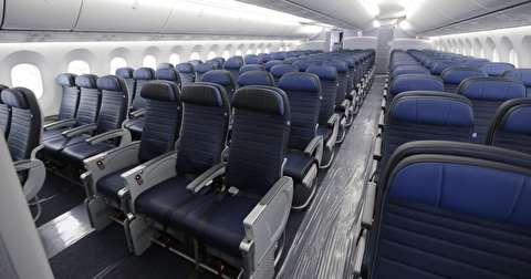 چگونه صندلی هواپیماها به مرور کوچکتر شد؟