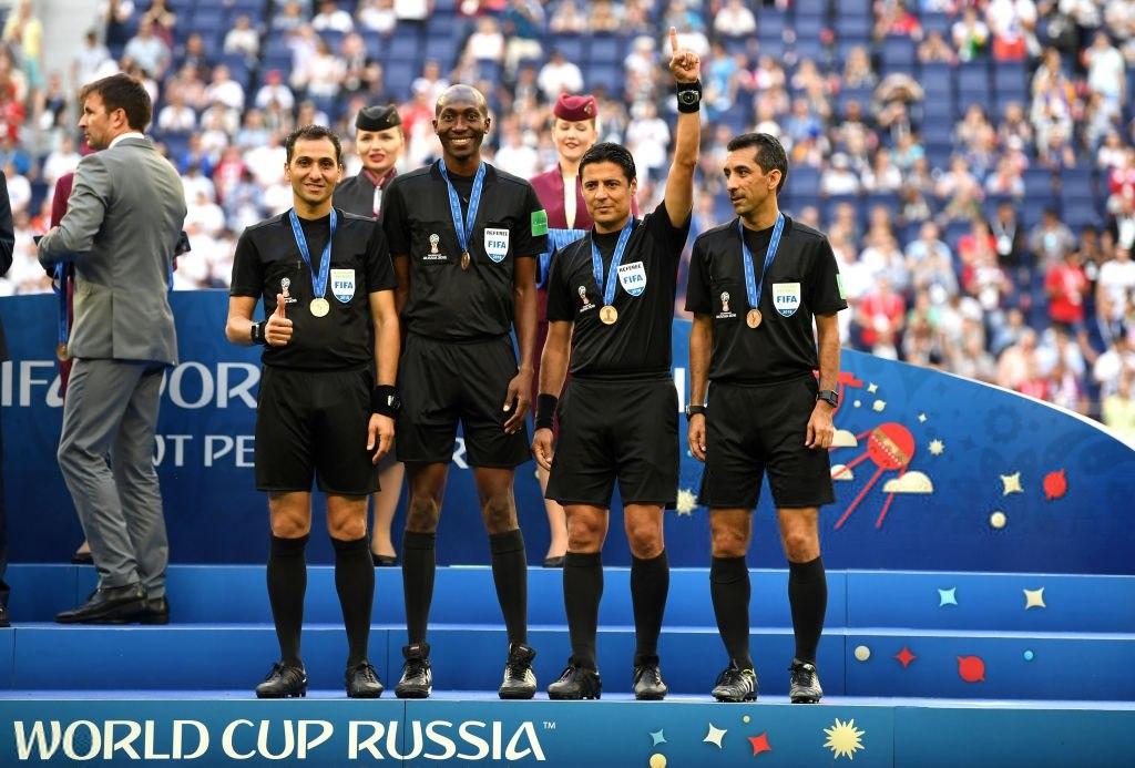 اقدام عجیب فدراسیون فوتبال درانتقال دستمزدفغانی ازجام جهانی/دلارهای فیفارا4200تومان تبدیل و واریز می کنند!