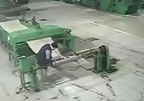 مرگ دردناک کارگر به دلیل رعایت نکردن ایمنی