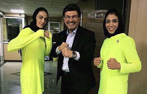 اخراج خواهران منصوریان از رادیو به دلیل پوشش!