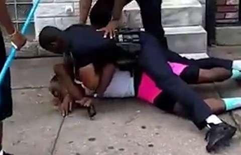 حمله وحشیانه پلیس آمریکا به یک جوان