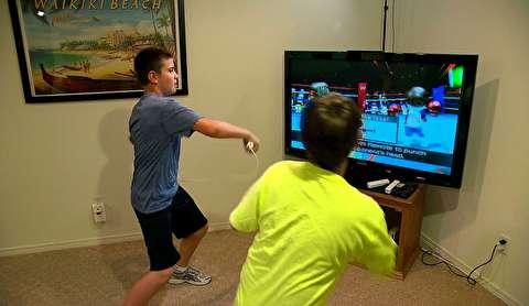 تمرینات ورزشی حین بازی کامپیوتری