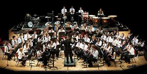 کنسرتو هورن شماره یک اوپوس 11 ؛ انجمن موسیقی آلخمسی
