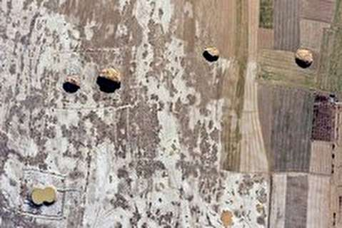 فروچاله 1000 متر مربعی در کبودرآهنگ