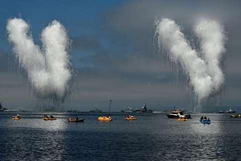 رژه نیروی دریایی روسیه برای پوتین