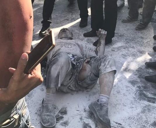 خودسوزی یک شهروند تهرانی مقابل ساختمان شهرداری / جریمه ۵۰۰ میلیون تومانی علت احتمالی حادثه