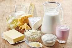 واردات شیرخشک با ارز ۴۲۰۰ تومانی با وجود مازاد تولید در داخل/ واردات کره با دلار دولتی و صادرات با ارز آزاد برای عدهای سودجو/ کارخانجات چگونه دولت، مردم و گاودار را مدیریت میکنند؟