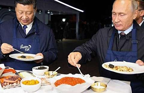 پخت پنکیک با خاویار توسط پوتین و شی جین پینگ