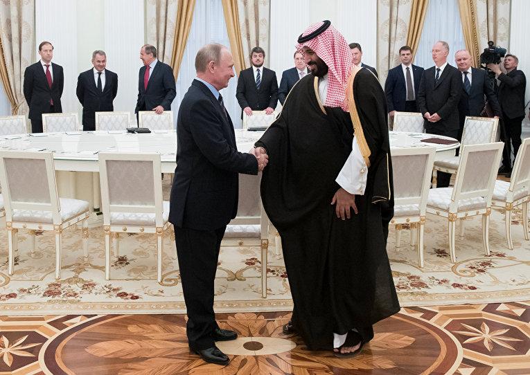 روسیه و عربستان بازار نفت را به گروگان گرفته اند/ روسیه و عربستان به استقبال تحریم های نفتی علیه ایران رفته اند
