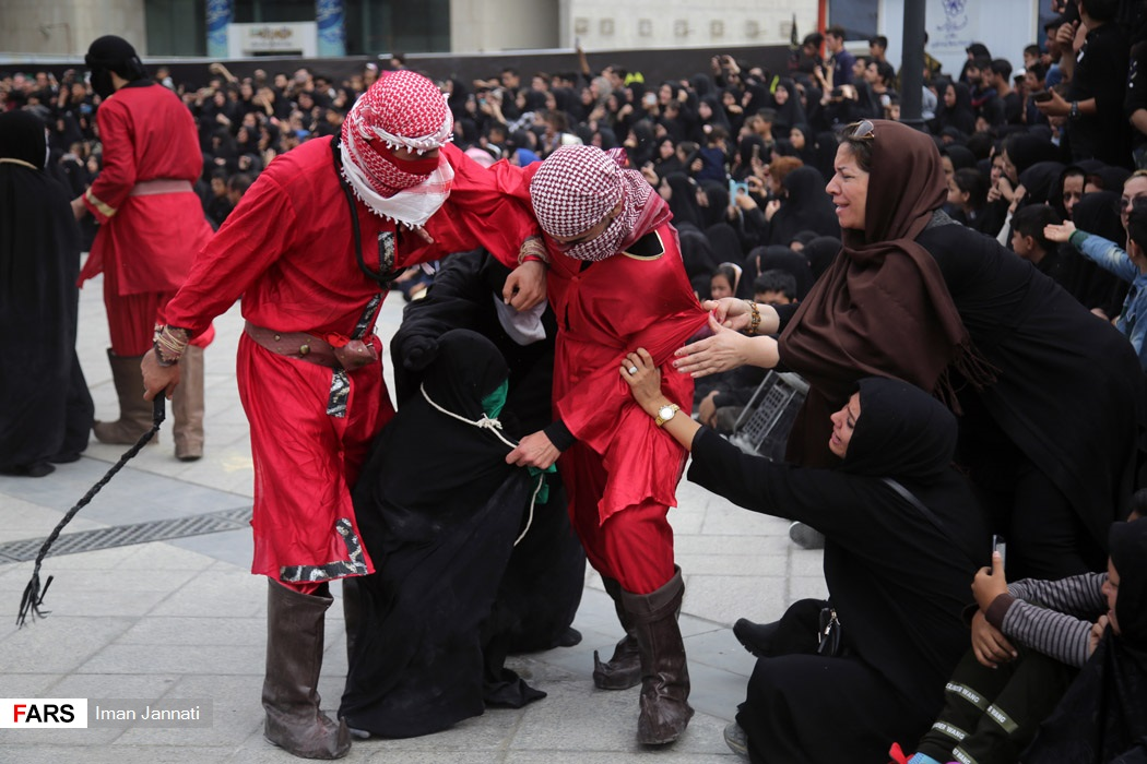 دخالت مردم در یک تغزیه در مشهد