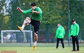 تصاویر از تمرین دوبازیکن ایرانی قبل از بازی با آرسنال