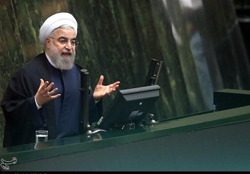 مقایسه رفتار روحانی با احمدینژاد در مقابل سئوال نمایندگان!/ چرا امروز روز مبارکی برای «دموکراسی» بود؟/ دولت فرصت جبران پیدا کرد