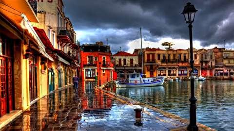تماشای یونان از نمای نزدیک