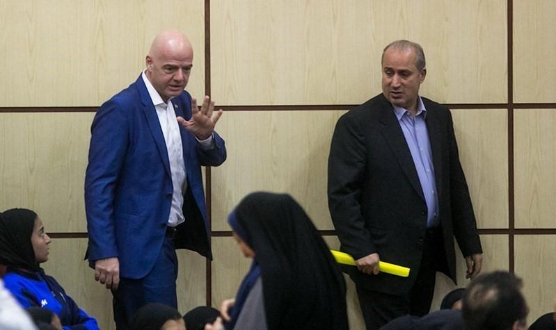دیدار اضطراری تاج و اینفانتینو؛پای فیفا در کفش قوانین ایران؟