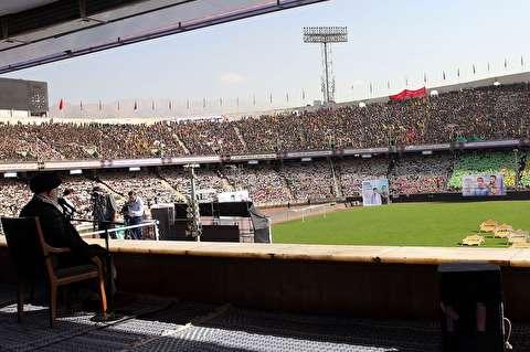 سخنان رهبر انقلاب در جمع دهها هزار بسیجی
