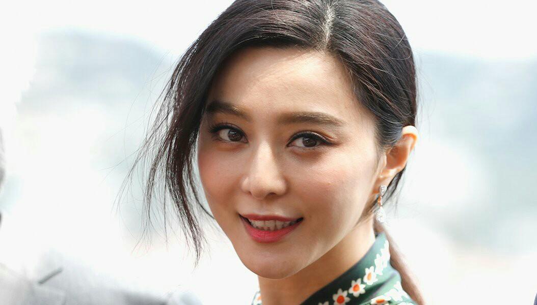 ستاره سینمای چین آزاد شد و عذرخواهی کرد