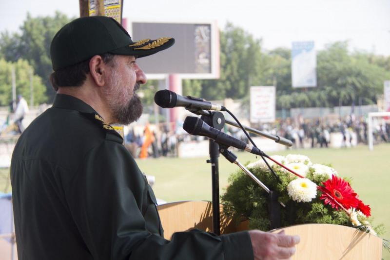 دبیر مجمعتشخیص مصلحت در اجتماع بسیجیان بوشهر
