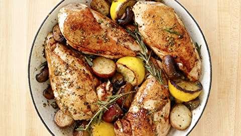 دستور پخت خوراک مرغ همراه با رزماری