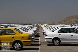 کاهش ۱۵ درصدی قیمت خودروهای داخلی در بازار آزاد