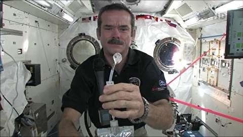 چگونه فضانوردان آب آشامیدنی تامین میکنند؟
