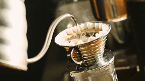 طرز تهیه قهوه فوری با هاریو وی60