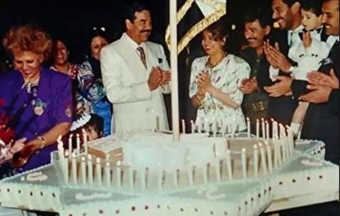 جشن تولد صدام حسین با 22 میلیون شمع!