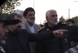 محسن رضایی در جمع مجروحان حمله تروریستی