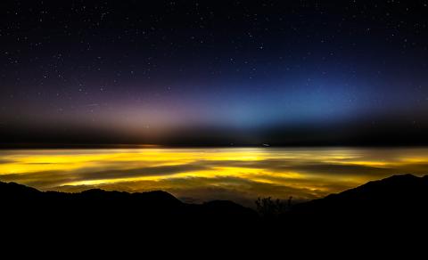 زیباییهای روشناییهای آسمان