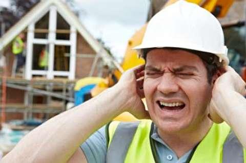 چگونه آلودگی صوتی به شنوایی آسیب میزند؟