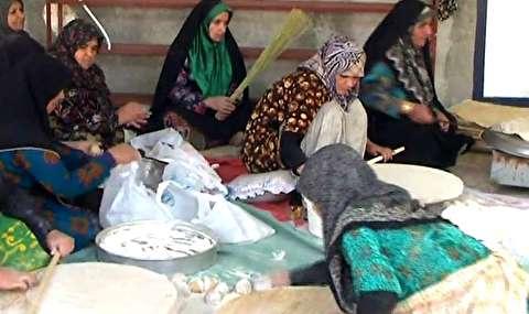 پخت نان نذری برای زائران اربعین حسینی