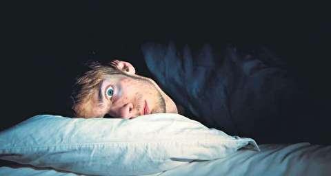 چه چیزی منجر به بیخوابی میشود؟