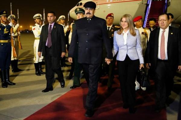 آمریکا همسر مادورو و سران ونزوئلا را تحریم کرد