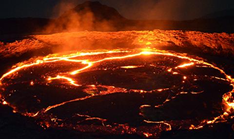 آتشفشان ارتا از نمای نزدیک