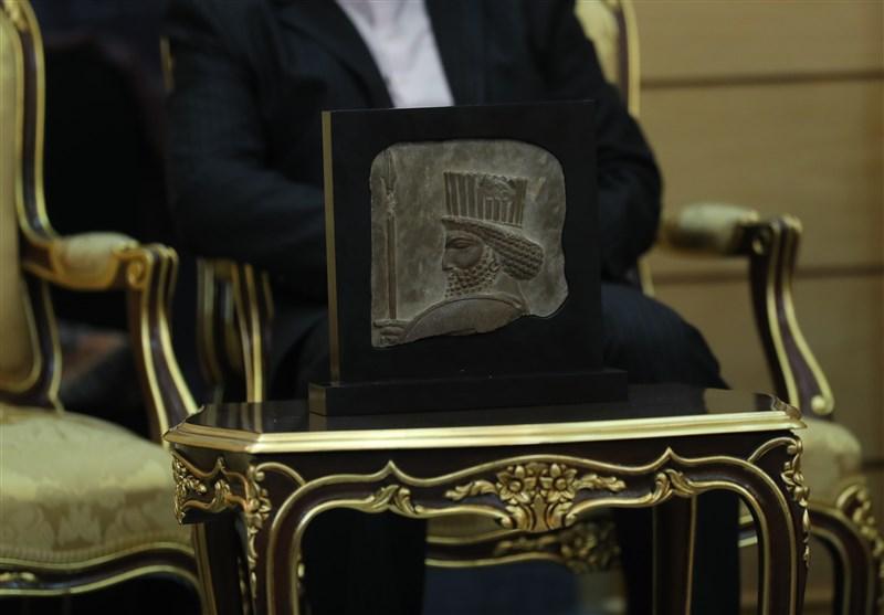 بازگرداندن اثر تاریخی ۲۵۰۰ ساله به کشور
