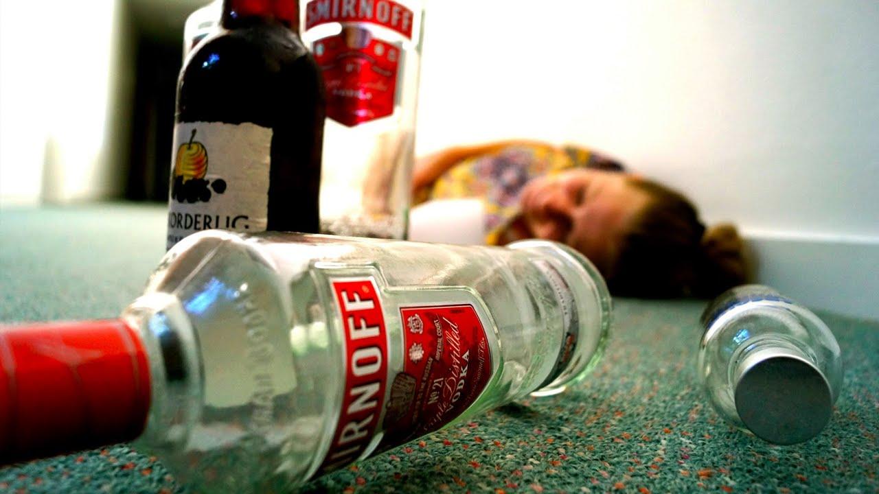 در صورت بروز مسمومیت الکلی چکار باید کرد؟