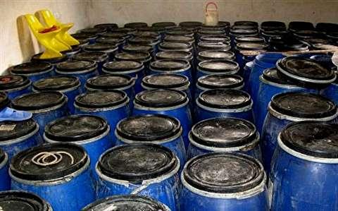 کشف و پلمپ کارگاههای توليد مشروبات الکلی مرگبار