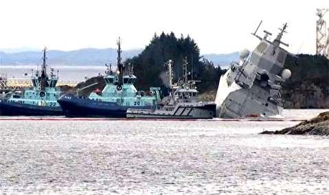 برخورد نفتکش با ناو جنگی در نروژ