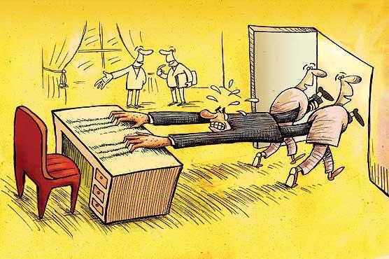 تلاش مشکوک برخی بازنشستگان برای حفظ کرسی مدیریت!/ برای خدمت به مردم قانون را هم دور میزنیم!؟
