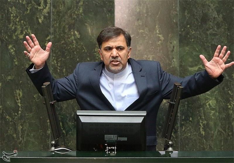 پنج پرده از کارنامه ناکارآمد عباس آخوندی