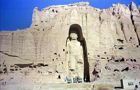 انفجار مجسمههای بودا در بامیان
