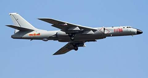 بمبافکن دوربرد توپولف-16