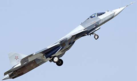 خودنمایی پیشرفتهترین جنگنده روسیه در آسمان