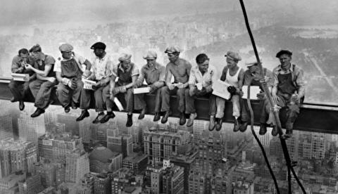 داستان عکس کارگران ساختمانی راکفلر سنتر