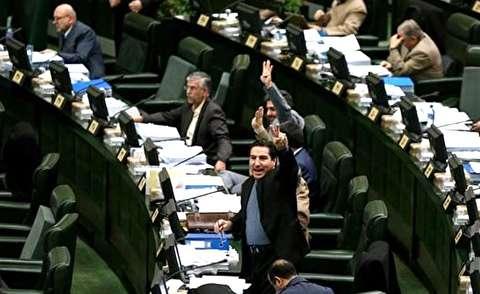 اعتراض نمایندگان به آمار اشتغال حسن روحانی