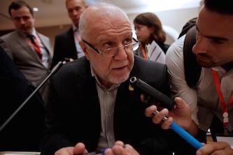 ایران باید از تصمیمات سطح تولید اوپک مستثنا باشد