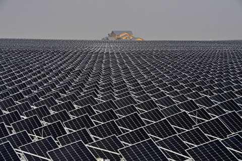 چند پنل خورشیدی برای انرژی کل زمین نیاز است؟